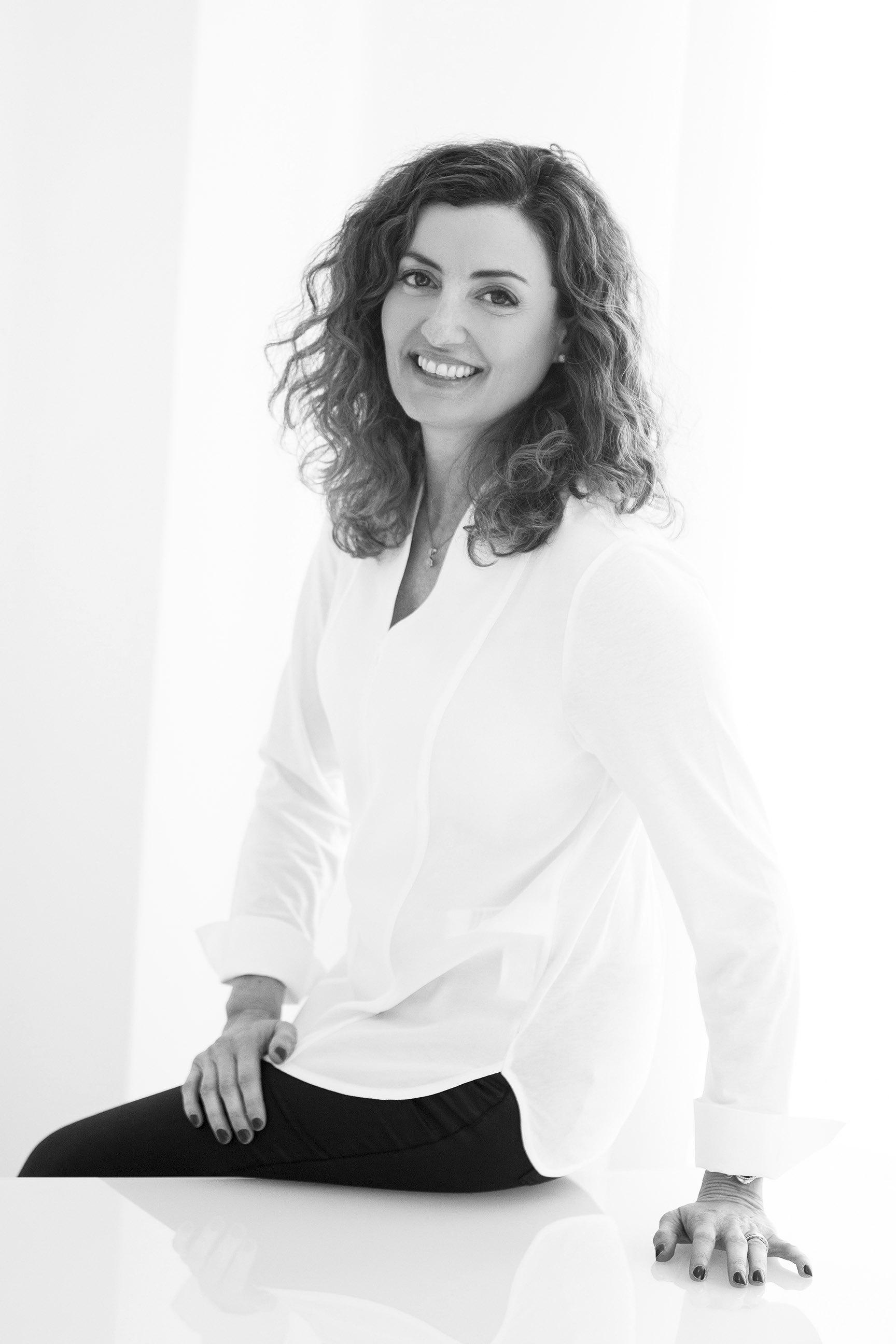 Dora de Teresa, crecimiento personal y profesional