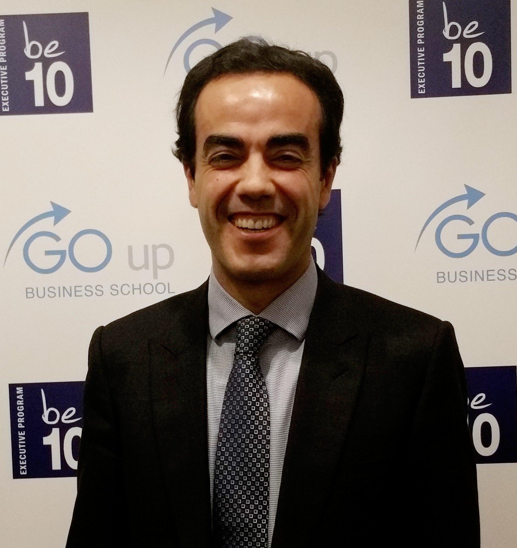 ¿Conoces a Manuel Fernández?  Un Story Maker